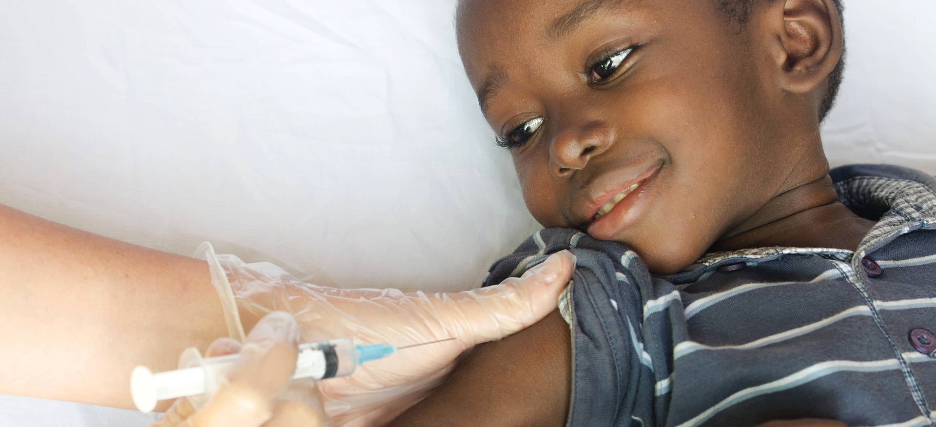 a kid gets injected